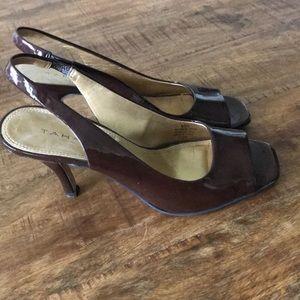 Tahari brown patent leather slingback heels